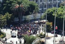Photo of اطلاق نار كثيف في الطيونة ونقل ستة جرحى وقتيل الى مستشفى الساحل