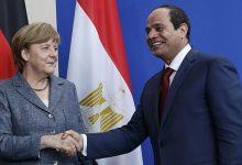 Photo of ميركل تبحث مع السيسي في اتصال بالفيديو قضايا ليبيا وإيران
